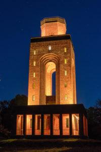 Bismarckturm Lichtinstallation-Burg Spreewald