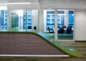 Leag-Office-Berlin-Referenz-Leuchtstoff-Designer-Leuchte-TheO