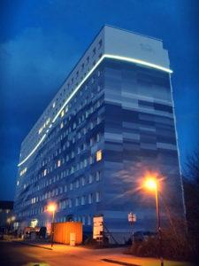 Lichtkonzept Umsetzung mit LED - Aussenbeleuchtung Hochhaus