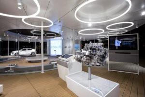 Referenz-Bilder-Designer-Leuchte-TheO bei der Hyundai Road Show