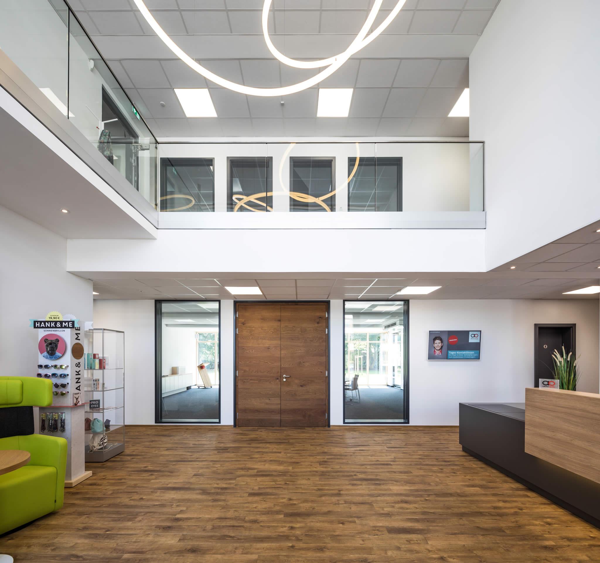 Foyer der Firmenzentrale Aktivoptik Service GmbH in Bad Kreuznach